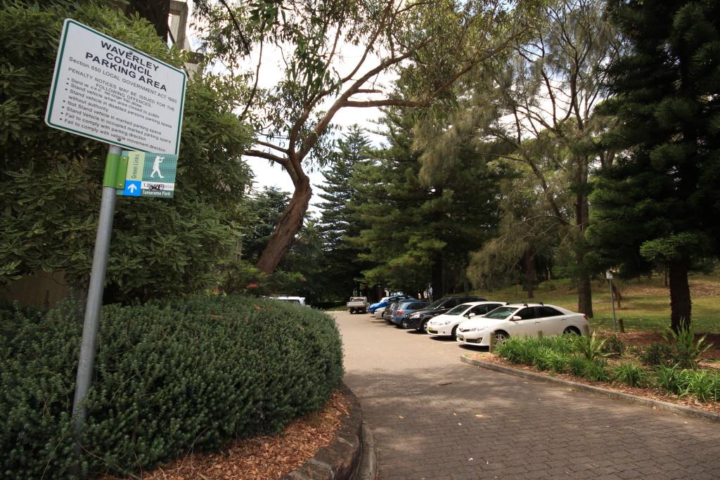 Parking area off Paul St - Waverley Park
