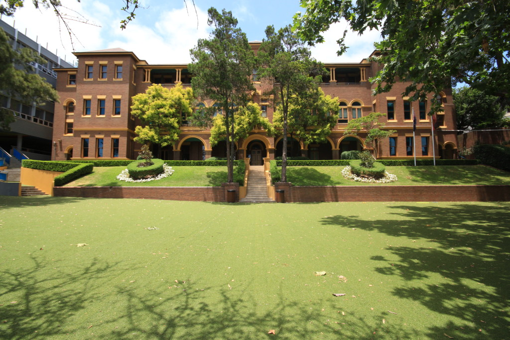 The prestigious Reddam House on Edgecliff Rd, opened in 2000.