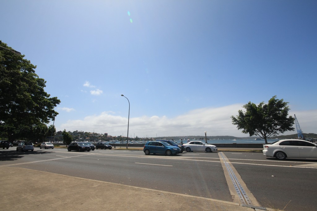 Rose Bay foreshore, New South Head Road.