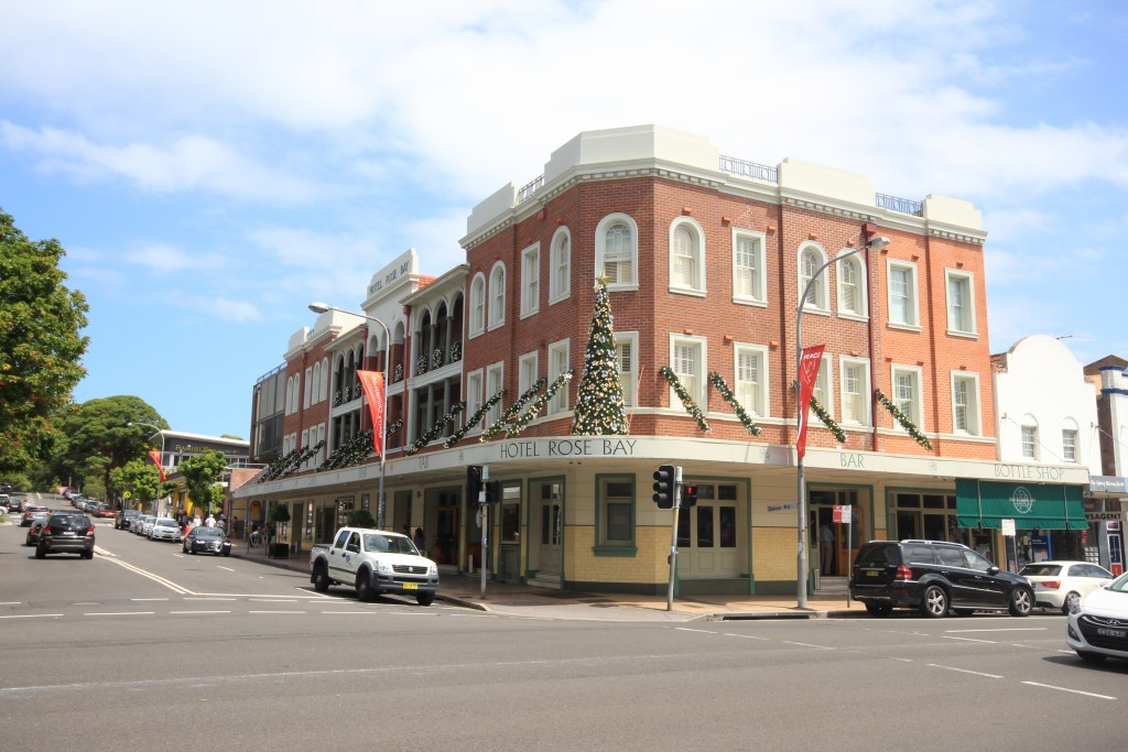 Hotel Rose Bay, New South Head Road.
